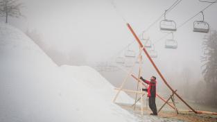 Lyžařský areál Monínec se připravuje na start letošní nejisté sezony