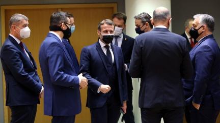 Summit EU přesvědčil Maďary a Poláky, unijní peníze jsou odblokovány