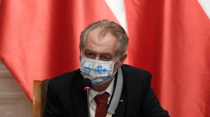 Aktualizováno: Zeman daňový balíček nepodepsal ani nevetoval, platit začne od začátku ledna