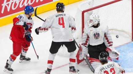 Česká hokejová dvacítka porazila na MS Rakousko 7:0 a je ve čtvrtfinále