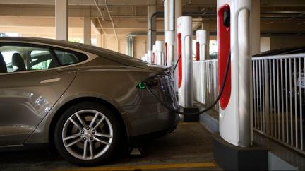 Norsko je první zemí, kde se prodalo víc elektromobilů než ostatních aut