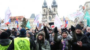 Protestní akce iniciativy Chcípl PES na Staroměstském náměstí 10. ledna