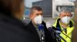 Vláda hází přes palubu podnikatele, kteří vzdorovali koronaviru
