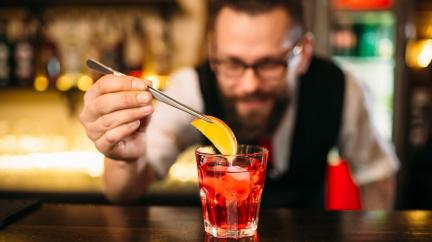Víno bez alkoholu národ vinařů nechce, bary tak zkouší alespoň nevinné koktejly