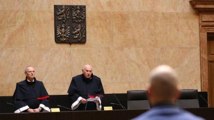 Ústavní soud zrušil omezení zakazující maloobchodní prodej a služby (AKTUALIZOVÁNO)