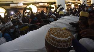 Pohřeb zanzibarského viceprezidenta Seifa Sharifa Hamada