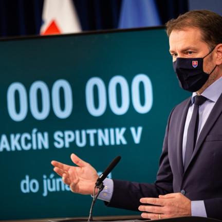 Aktualizováno: Slovensko získalo ruskou vakcínu. Slovenská koalice kvůli nákupu Sputniku čelí krizi