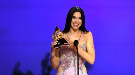 Grammy ovládly ženy, oceněná píseň roku volá po ukončení rasismu