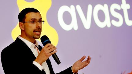 Šéf Avastu Vlček s manželkou založili nadaci, chtějí pomáhat nemocným dětem