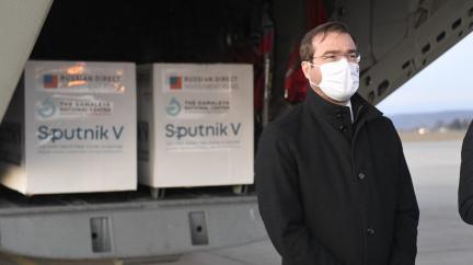 Sputnik na Slovensku není stejný jako v jiných zemích. Ruský fond žádá zemi, aby vakcínu vrátila