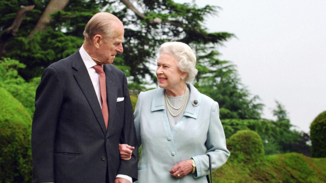 princ Phillip a královna Alžběta II.