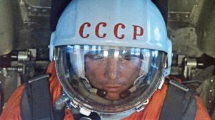 Jurij Gagarin. První člověk ve vesmíru.