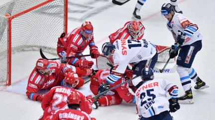 Hokejisté Třince vykročili za obhajobou titulu výhrou 6:2 nad Libercem
