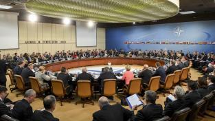 NATO je podle společného prohlášení vážně znepokojeno destabilizačními aktivitami Ruska na území aliance (Ilustrační foto)