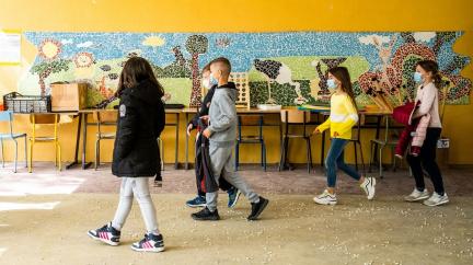 Aktualizováno: Správa rezerv zrušila tendr na miliony antigenních testů do škol