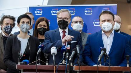 Aktualizováno: Koalice Spolu sbírá podpisy k vyslovení nedůvěry vládě