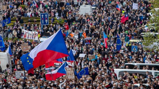 demonstrace proti Zemanovi