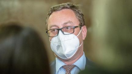 Šéf žalobců Zeman odmítá, že by překročil kompetence v informování o vrbětické kauze