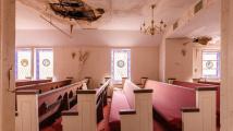 Opuštěný pohřební ústav