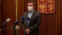 Hamáček zprostil mlčenlivosti šéfa rozvědky i policie ve vrbětické kauze