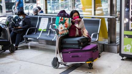 Části turistů v zahraničí lékař vydal potvrzení, ačkoliv test na covid-19 nepodstoupili, uvedl ministr