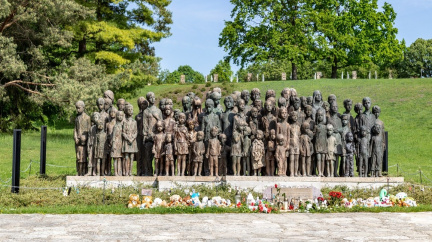Pietní akce připomněla 79 let vyhlazení Lidic nacisty