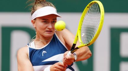 Česká vítězka Roland Garros. Barbora Krejčíková porazila Rusku Pavljučenkovovou