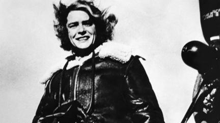 Před 117 lety se narodila dáma, která fotila sovětskou pětiletku, válku i hrůzy koncentráku