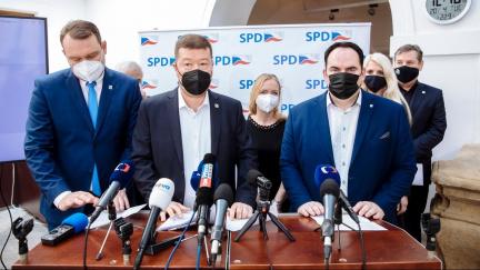 Vnitro: Extremisty ovlivnila pandemie. Nejvýznamnější uskupení s xenofobními prvky je SPD