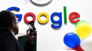 Komise chce posoudit, zda Google třetím stranám neomezuje na webových stránkách a v aplikacích přístup k uživatelským údajům pro reklamní účely