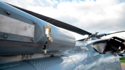 Sedmnáct milionů za informaci o útoku na prezidentský vrtulník v Kolumbii