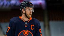 Nejužitečnější, nejproduktivnější a nejlepší: Hokejista McDavid je králem NHL