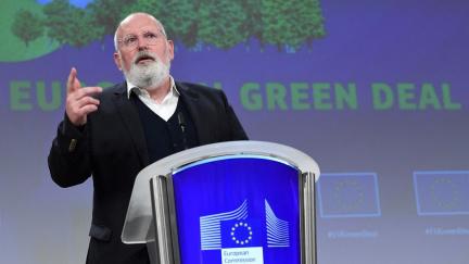 Auta bez emisí a energie z čistých zdrojů. Evropská komise chce bojovat s klimatickou krizí