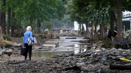 Extrémní záplavy v Německu: 100 obětí, 1300 pohřešovaných. Z domů se ozývalo volání o pomoc