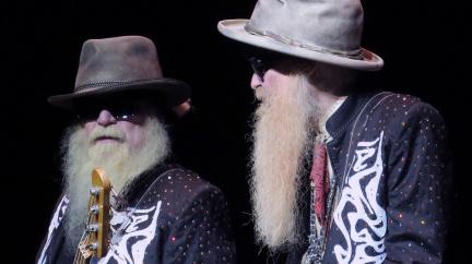 Zemřel baskytarista amerických ZZ Top Dusty Hill