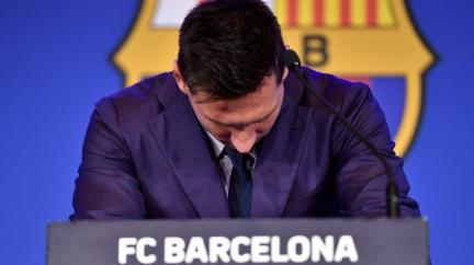 Aktualizováno: Odcházím z Barcelony, potvrdil Messi v slzách