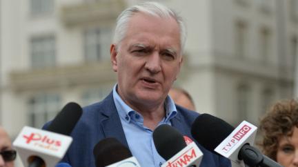 Polskou vládní koalici opouští jedna ze stran. Sejm řeší sporný mediální zákon
