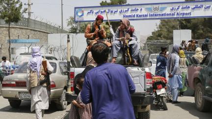 Tálibán vyhlásil amnestii pro úředníky, vyzval je k návratu do práce