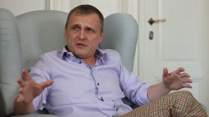 Bývalý zpravodajec popřel vinu v kauze vynesení odposlechů Janouška a Béma