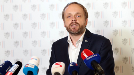 Česko již evakuovalo všechny Afghánce, které vybralo, oznámil ministr Kulhánek