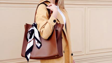Jak si vybrat trendy kabelku? Jaký typ kabelek bude v módě?