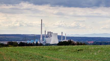 Velkoobchodní ceny elektřiny rostou, cena na příští rok překročila 100 eur