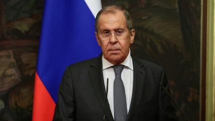 V Praze byl zadržen Rus spjatý s Krymem. Česko o tom Moskvu neinformovalo, tvrdí Lavrov