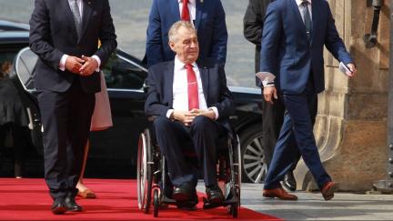 Zdravotní stav prezidenta Zemana není podle Babiše vážný