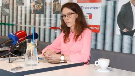 Sněmovna odvolala Hanu Lipovskou z Rady České televize