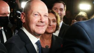 Lídr sociálních demokratů Olaf Scholz je s výsledkem spokojený a věří, že se stane novým německým kancléřem
