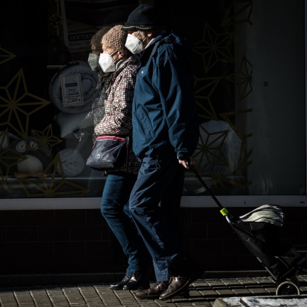 V Česku je stále přes 400 tisíc seniorů nechráněných proti covidu
