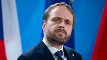 Aféra Zkažené ovoce: Ministr Kulhánek žádá od Skotů omluvu
