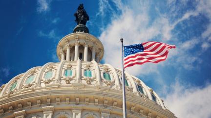 USA se vyhnou platební neschopnosti. Sněmovna reprezentantů zvýšila dluhový strop