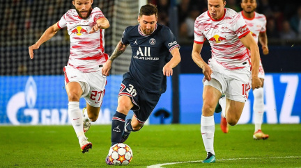 V osmi dnešních zápasech fotbalové Ligy mistrů padlo 35 gólů